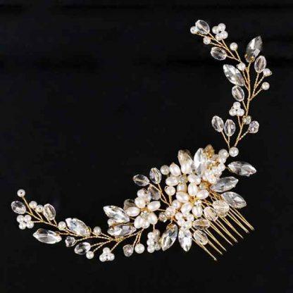 Coronita strasuri, perle artificiale si cristale, coronita mireasa 34529 fundal inchis
