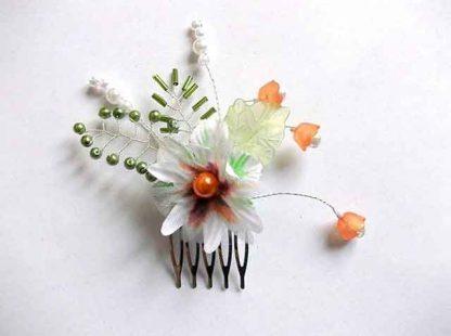 Pieptan flori si frunze artificiale, pieptan mireasa 34668 pe fundal alb
