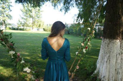 Rochie turcoaz din matase, rochie evenimente speciale - rochia vazuta din spate