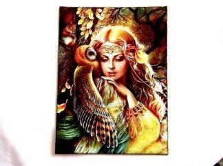 Femeie cu bufnita si veverita, tablou pe panza 36317