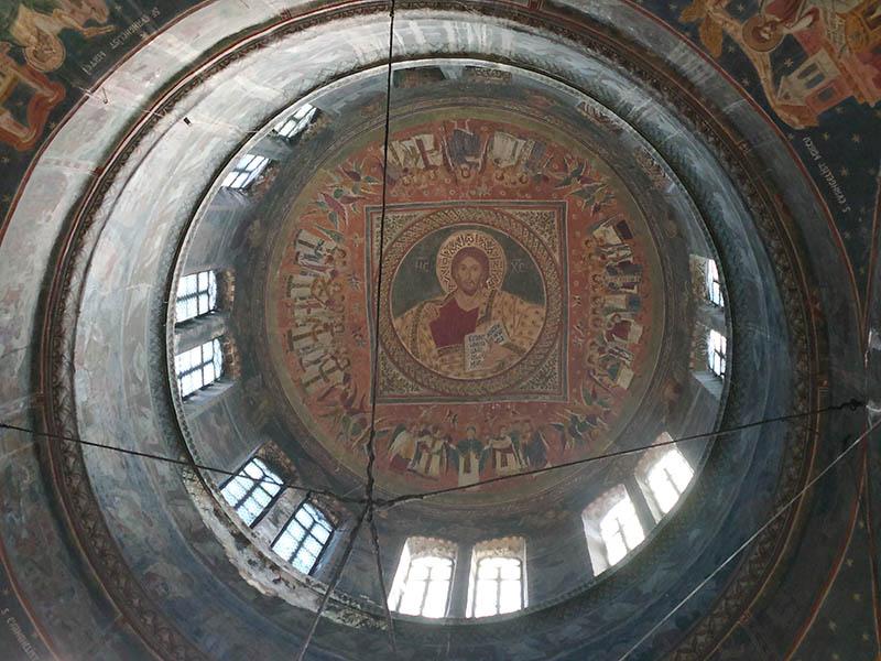 Iisus Hristos Pantocrator în turla Catedralei Arhiepiscopale Sfinții Petru și Pavel din Tomis, Constanța