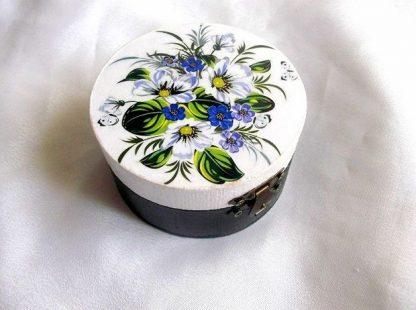 Cutie rotunda cu elemente floral, cutie din lemn 38693