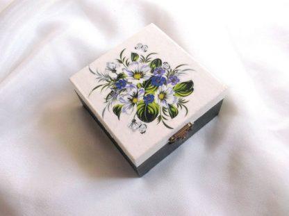 Model floral cutie cadouri, produs cadou femei 39767