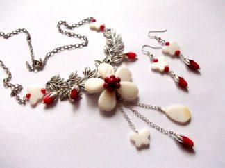Set bijuterii flori si fluturi, sidef alb si coral rosu 39860